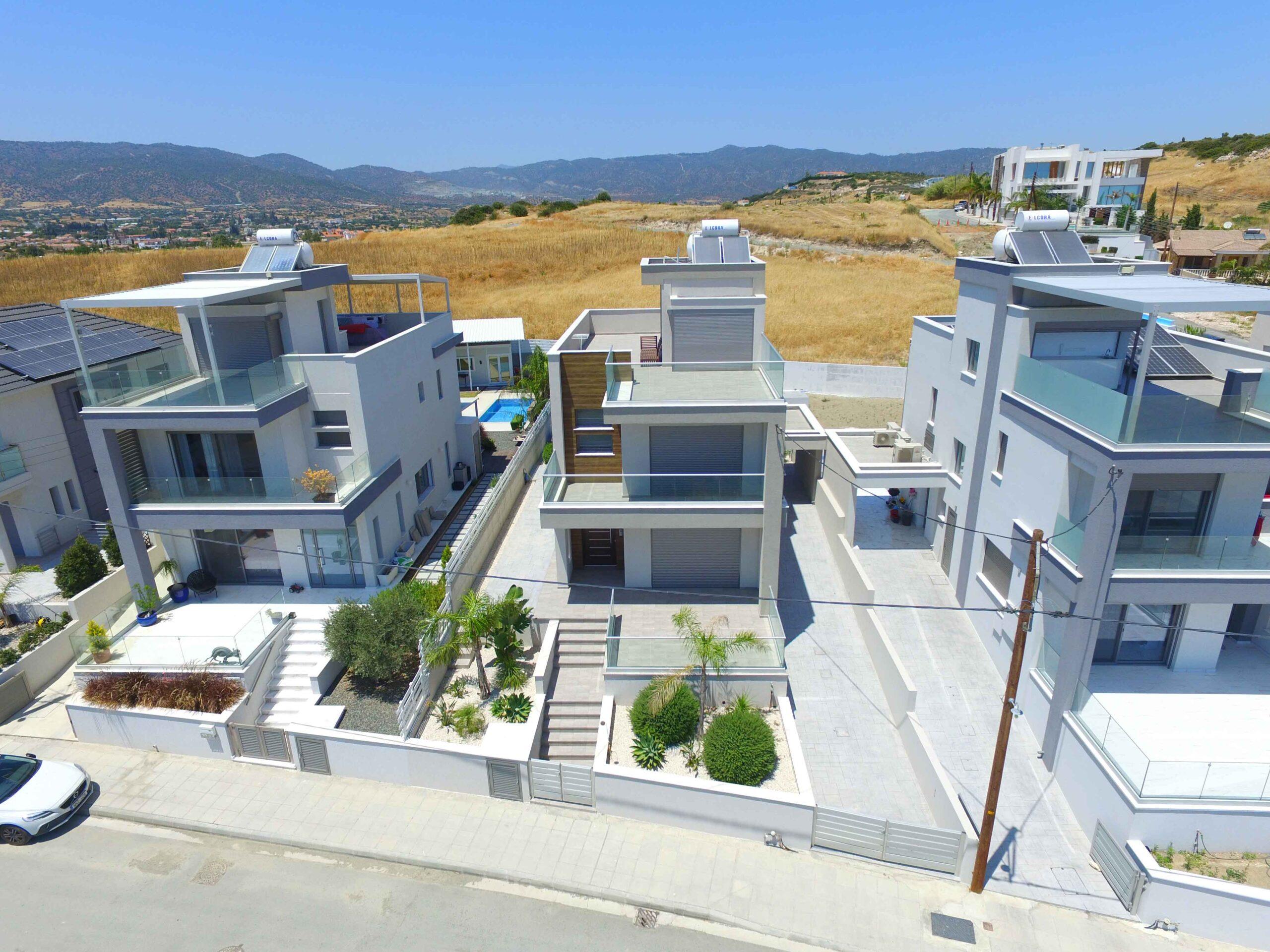 Menies Heights Villas Parekklisia